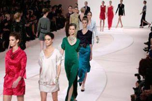 """Показом """"Валентино"""" завершився Fashion week в Парижі"""