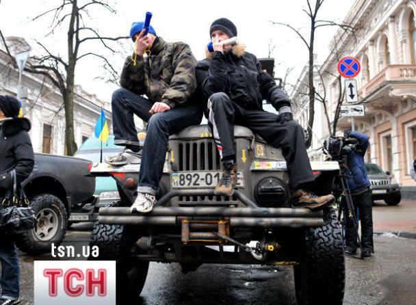 Автомобілісти заблокували центр Києва