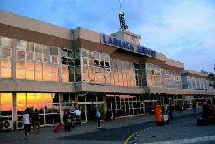 В аеропорту Кіпра невідомі засліплюють пілотів лазером