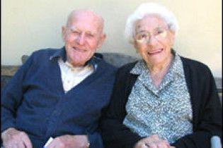 Британське подружжя відсвяткувало 81-у річницю шлюбу