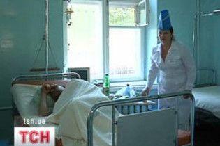 На Донеччині з дитячого центру госпіталізовано 21 людину
