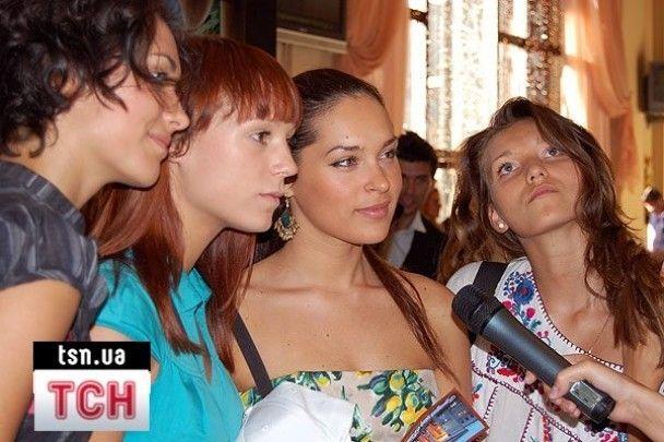 Могилевська шукає собі сексуальних дівчаток