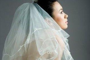 Китайська наречена одягнула на весілля фату більше ніж в два км