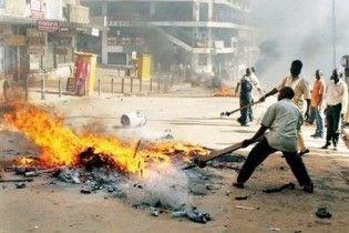 Щонайменше сім людей загинули в безладах в Уганді