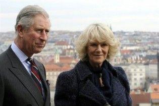 Дружина принца Чарльза під час прогулянки зламала ногу