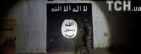 """""""ИГИЛ"""" взяло на себя ответственность за расстрел прихожан церкви в Дагестане"""