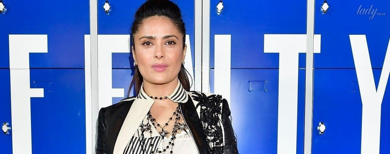 Как всегда, стильная: Сальма Хайек в красивом наряде пришла на показ Рианны в Париже