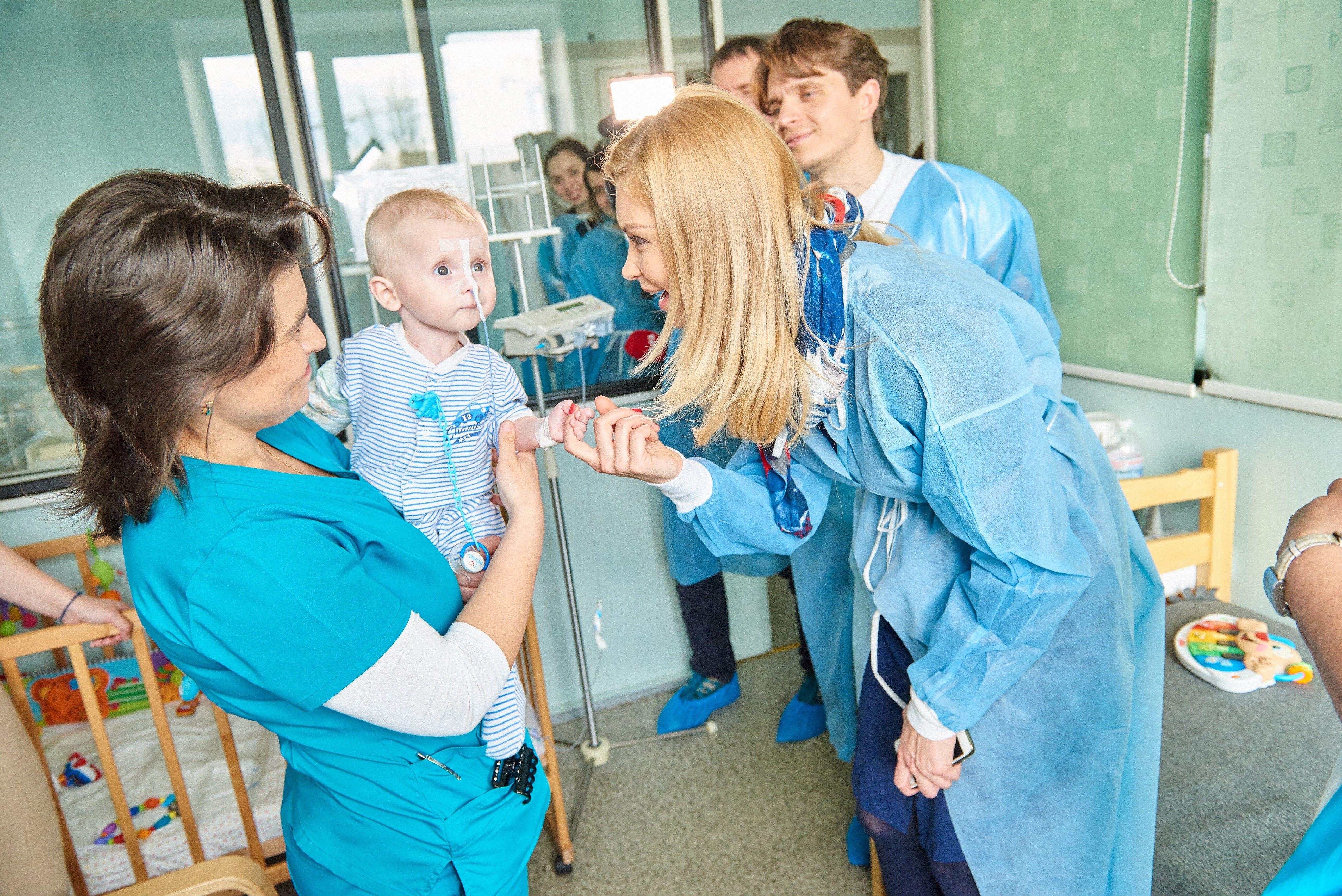 Лідія Таран і Анатолій Анатоліч відвідали Національну дитячу лікарню «ОХМАТДИТ» _7
