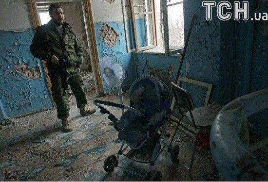 Бойовики з гранатометів обстріляли українських військових на Донецькому напрямку