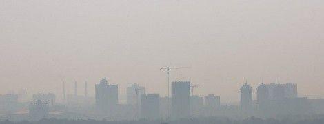 В нескольких районах Киева уровень загрязнения воздуха превысил допустимые нормы