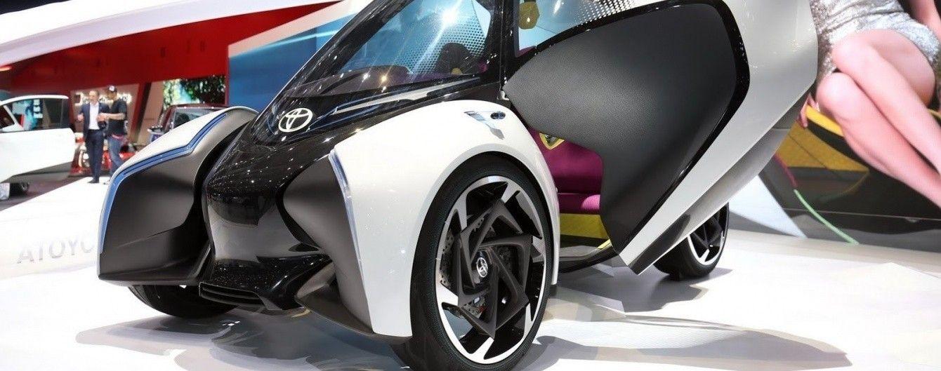 Toyota создала сити-кар будущего i-TRIL