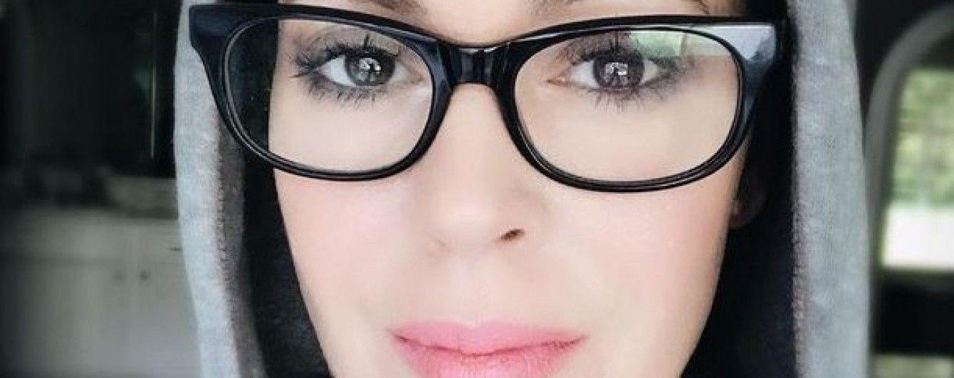 44-летняя Алисса Милано продемонстрировала накачанный пресс