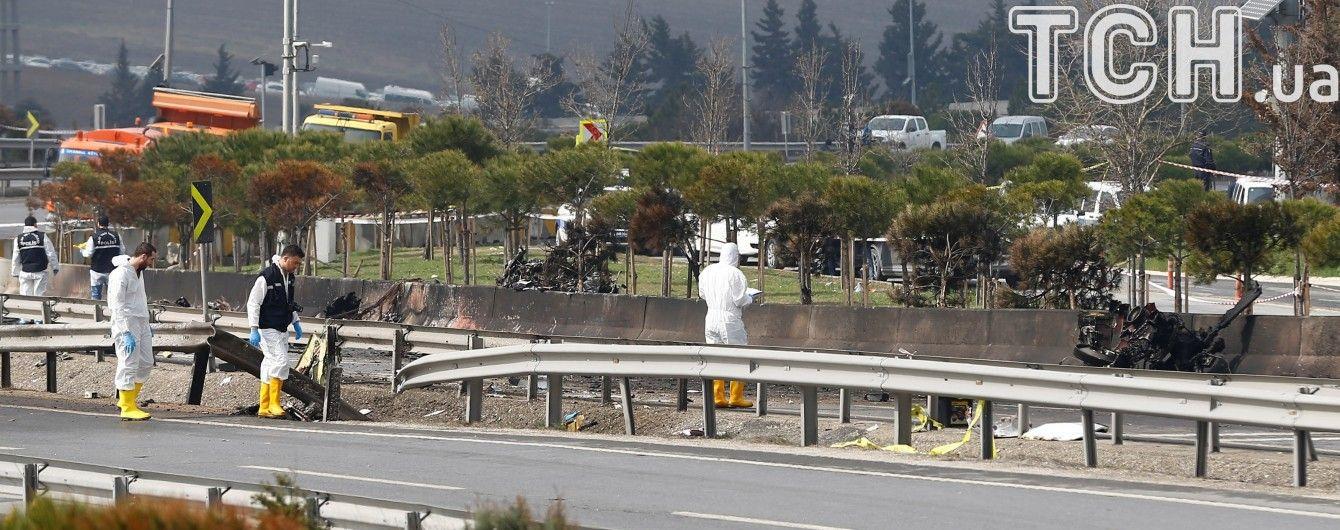 В аварії поліцейського гелікоптера у Туреччині загинули всі пасажири