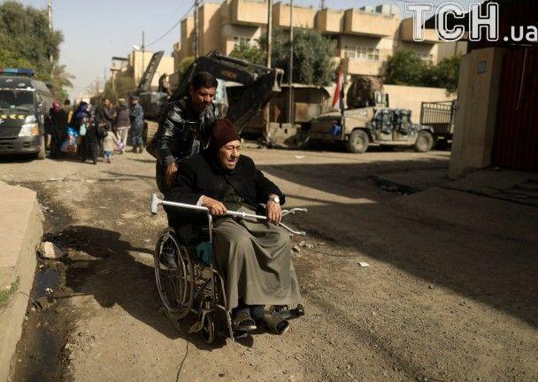 12 погибли и20 человек пострадали при теракте вМосуле