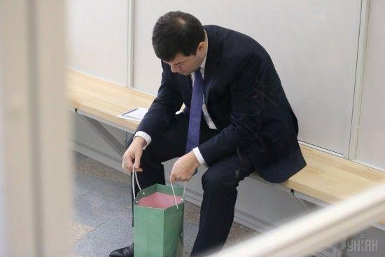 Суд заарештував все майно відстороненого глави ДФС Насірова - ЗМІ