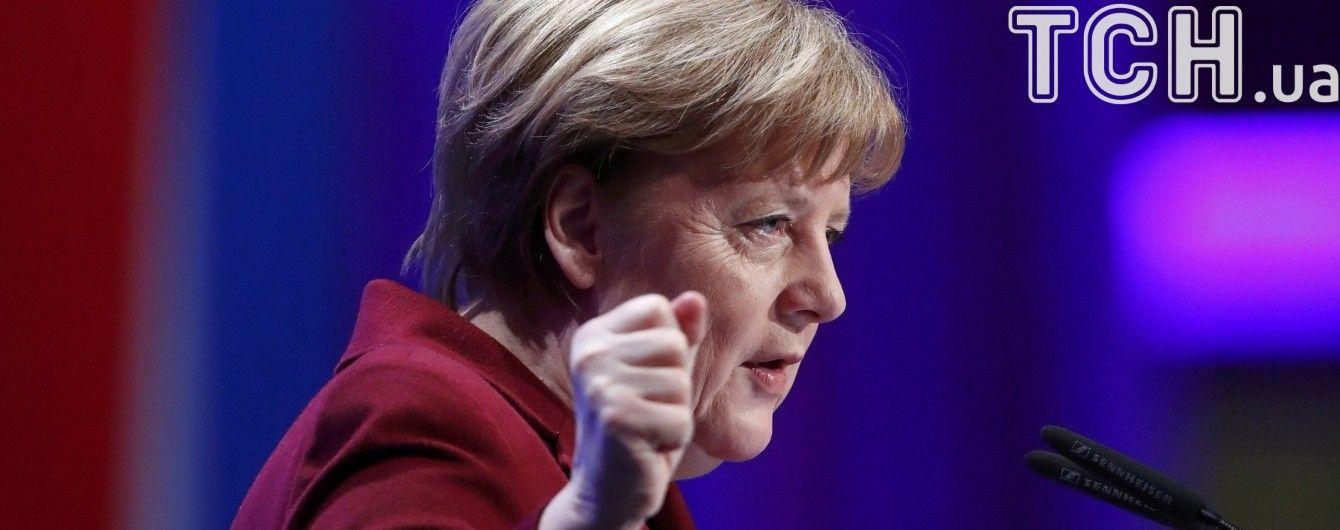 Премьер Баварии назвал дату и место встречи Меркель и Путина