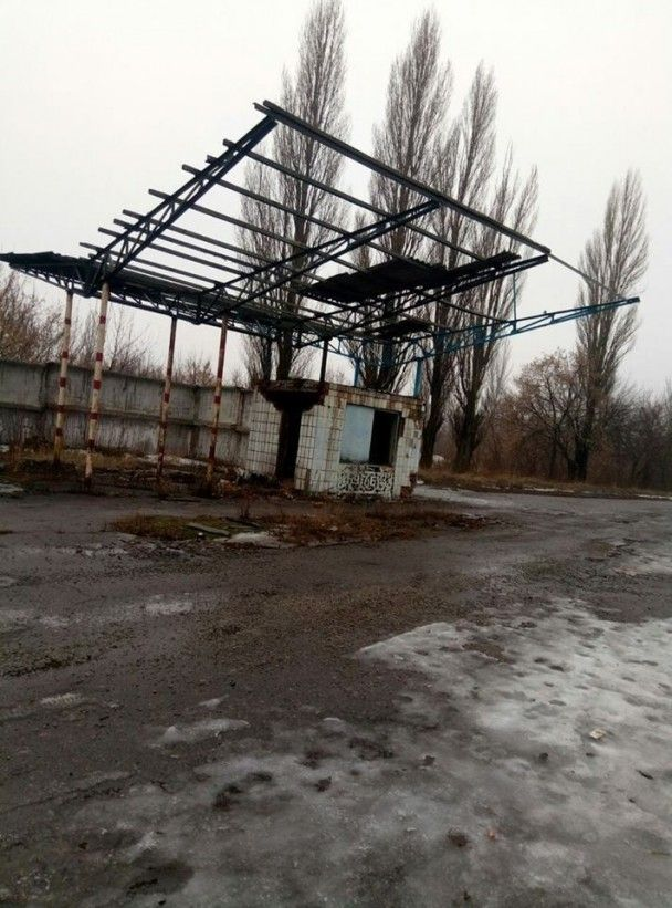 "Разграбили и уничтожили. Бизнесмен из Горловки показал последствия ""отжатия"" его предприятия боевиками"