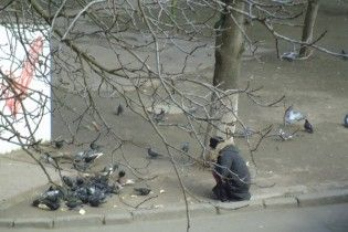 """""""Отбирают хлеб у голубей"""". Российские СМИ тиражируют фейковую новость о """"голоде в Украине""""."""