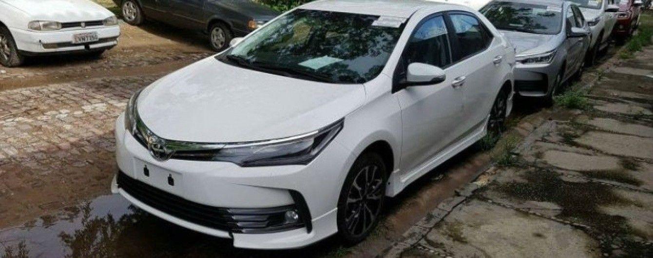 "Toyota Corolla получила ""спортивную"" версию XRS"