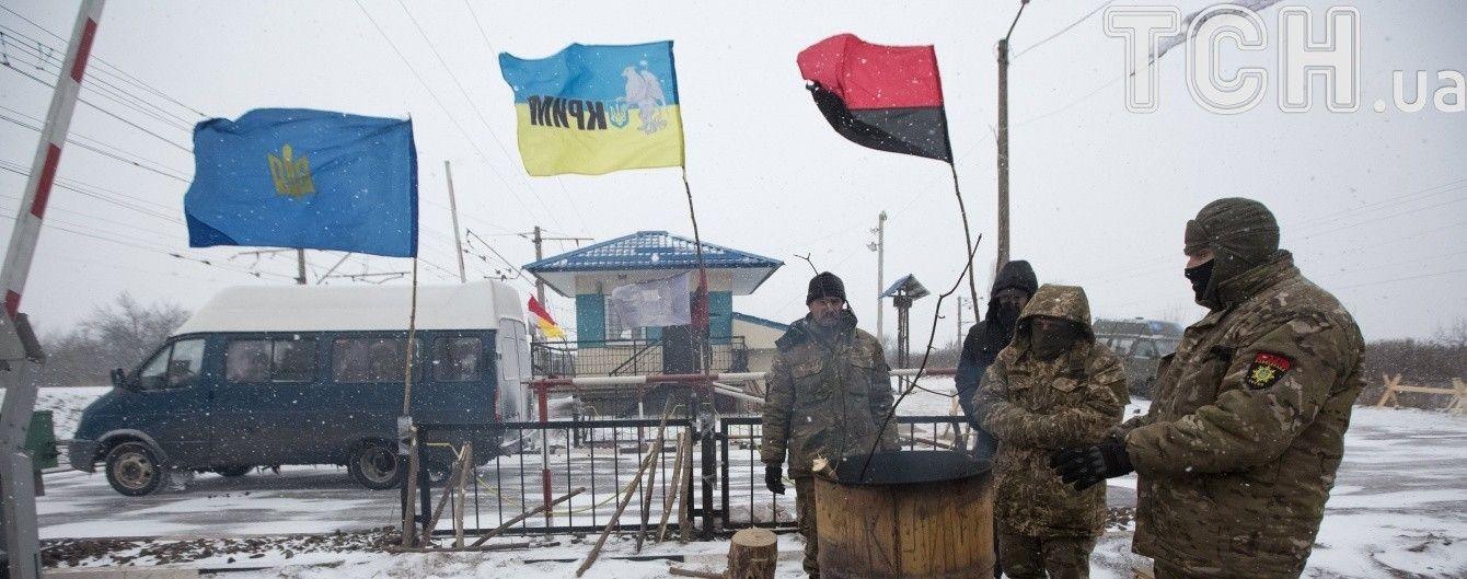 Волынский облсовет на срочной сессии поддержала экономическую блокаду ОРДЛО и российских банков
