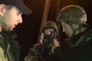 В Сети появилось видео стрельбы полицейских во время столкновения с блокировщиками под Краматорском