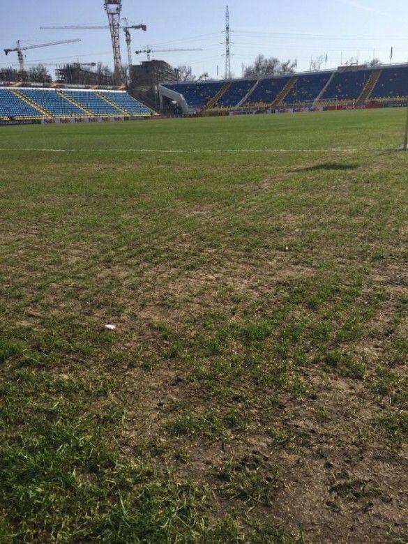 Поле стадіону Ростова