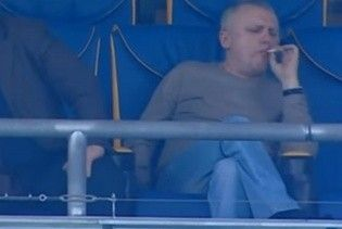 """Как на """"Олимпийском"""". Суркис закурил в vip-ложе во время матча """"Монако"""" – """"Манчестер Сити"""""""
