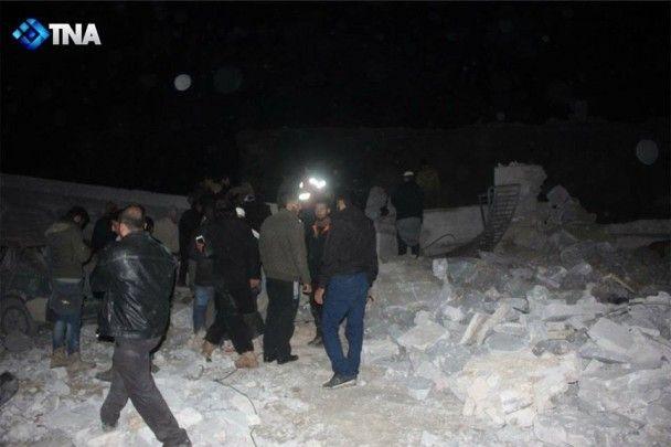 """""""Это были террористы"""": Пентагон отрицает авиаудары по гражданским в мечети в Сирии"""
