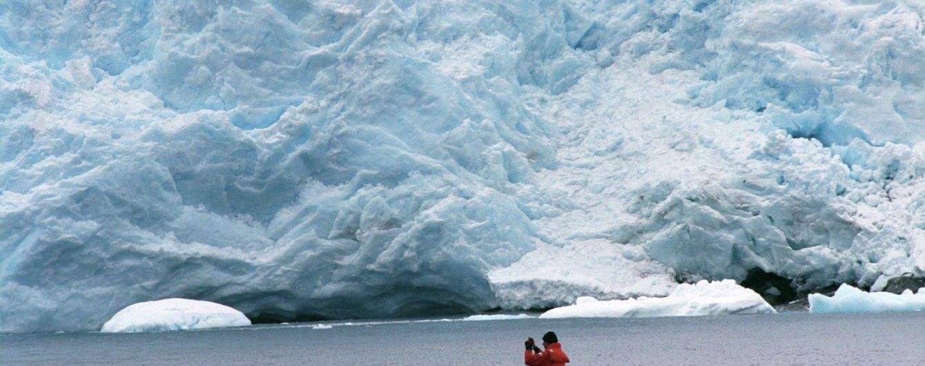 Учені виявили десятки вулканів в Антарктиді