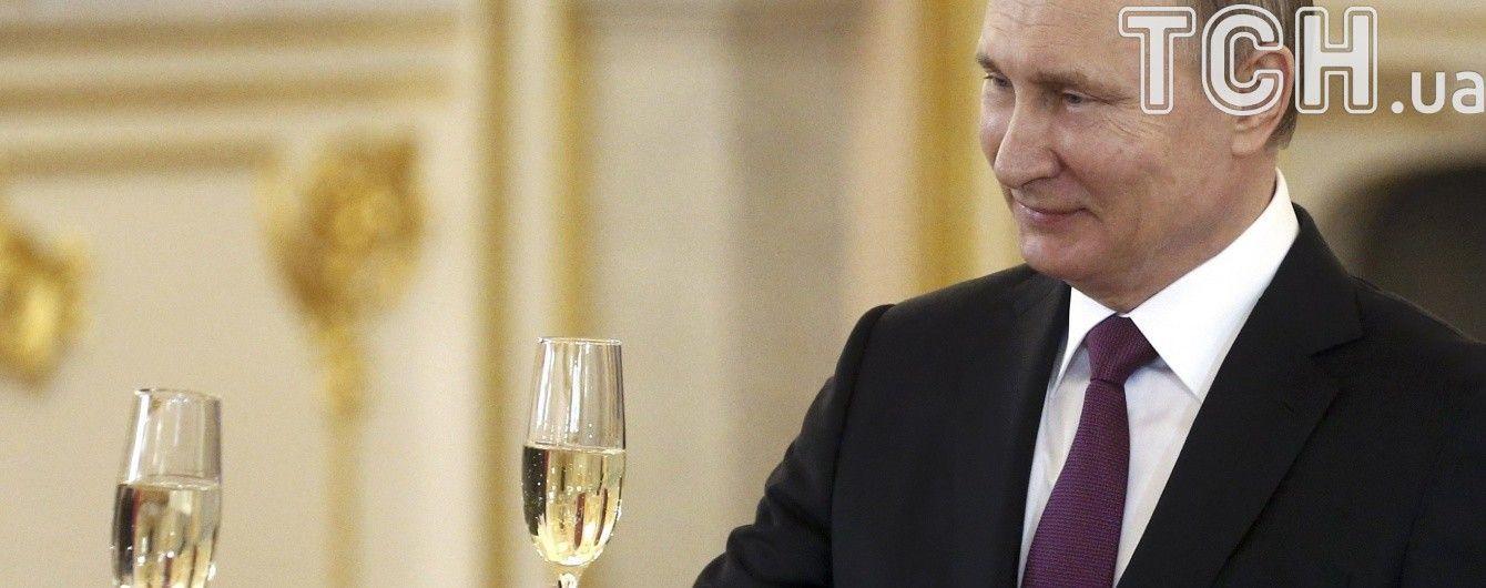 """Путин не поедет в Крым на третью годовщину оккупации и пропустит """"торжественные мероприятия"""" – СМИ"""