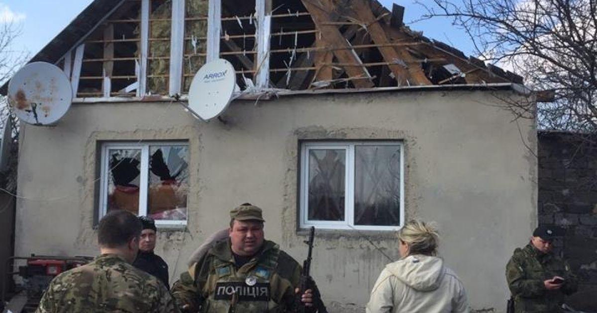 Последствия обстрела Авдеевки @ facebook.com/Вячеслав Аброськин