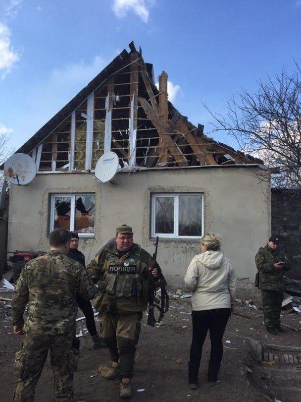 Появились фото последствий мощного танкового обстрела Авдеевки боевиками