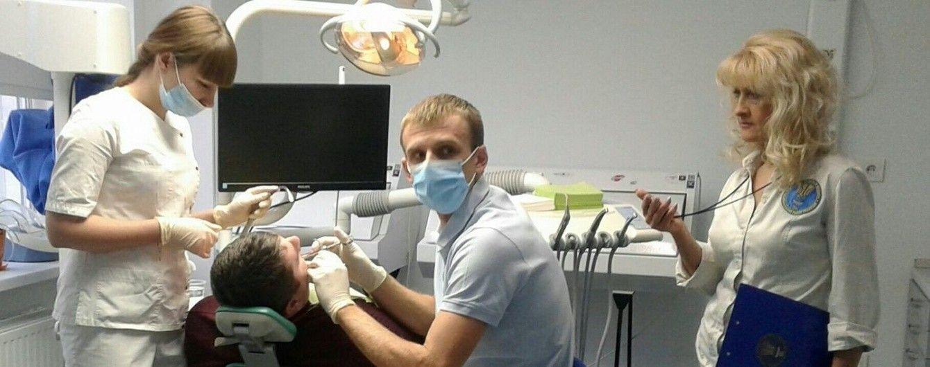 Украинские дантисты решились на самый длительный непрерывный стоматологический прием