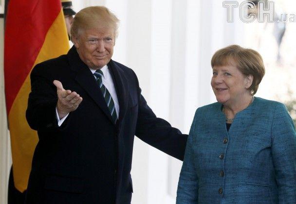 Меркель прилетела на встречу с Трампом в Вашингтон