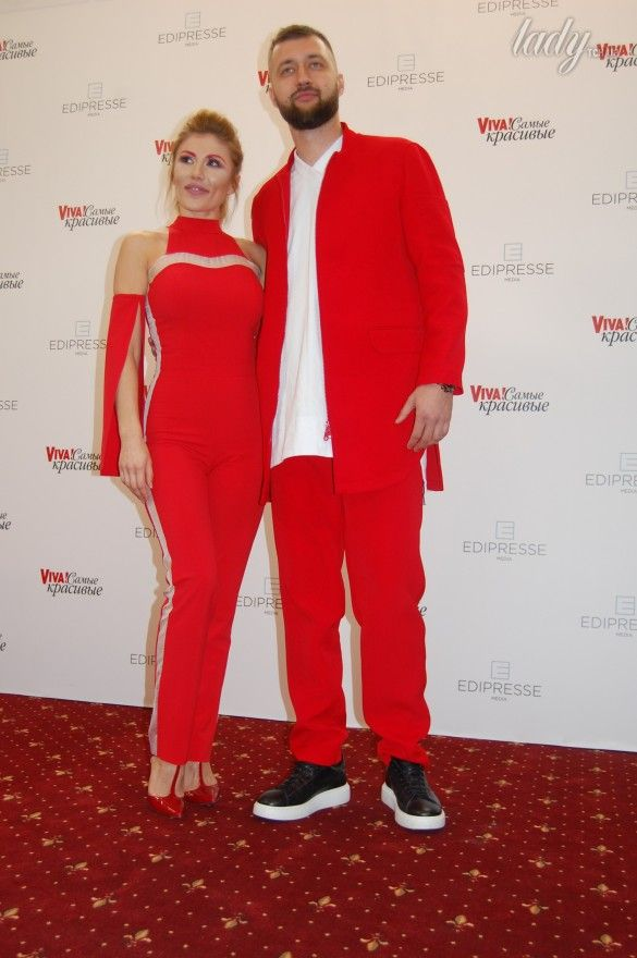 Тамерлан и Алена Омаргалиева на красной дорожке церемонии «Viva! Самые красивые»_2