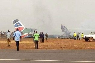 В авиакатастрофе в Южном Судане выжили все пассажиры и пилоты