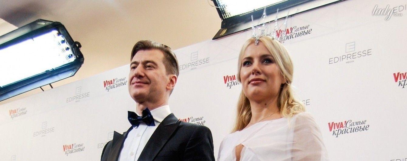 С мужем и в короне: Ольга Горбачева вышла на красную дорожку в образе принцессы