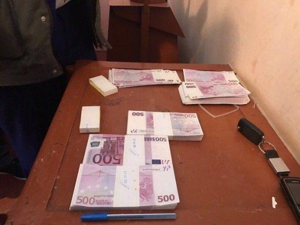На взятке в 250 тыс. евро задержали председателя одного из сельсоветов Киевщины