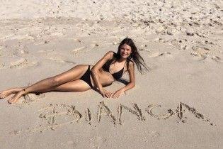 В бикини на пляже: Бьянка Балти отдыхает в Мексике
