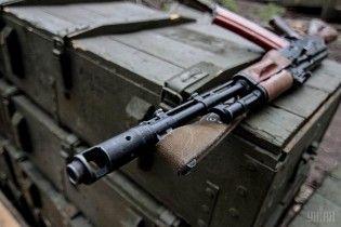 Под Николаевом в воинской части срочник выстрелил себе в голову из автомата