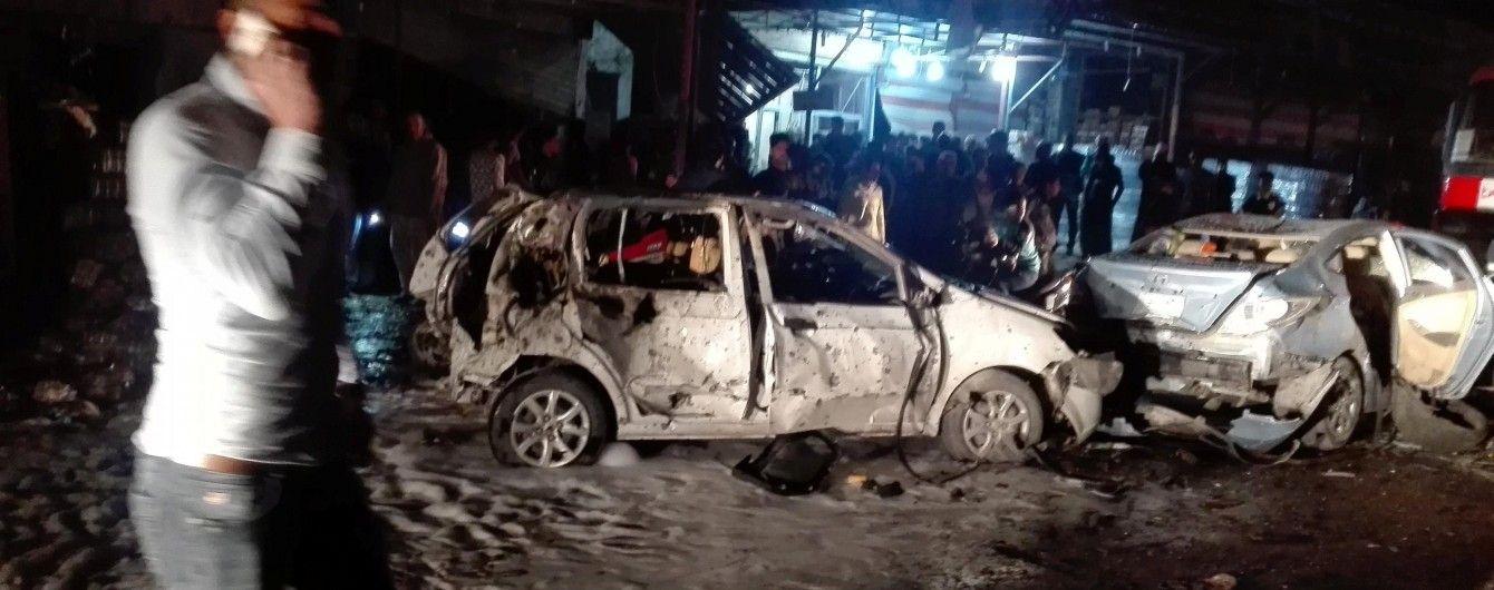 В шиитском районе Багдада мощный взрыв унес жизни более 20 человек