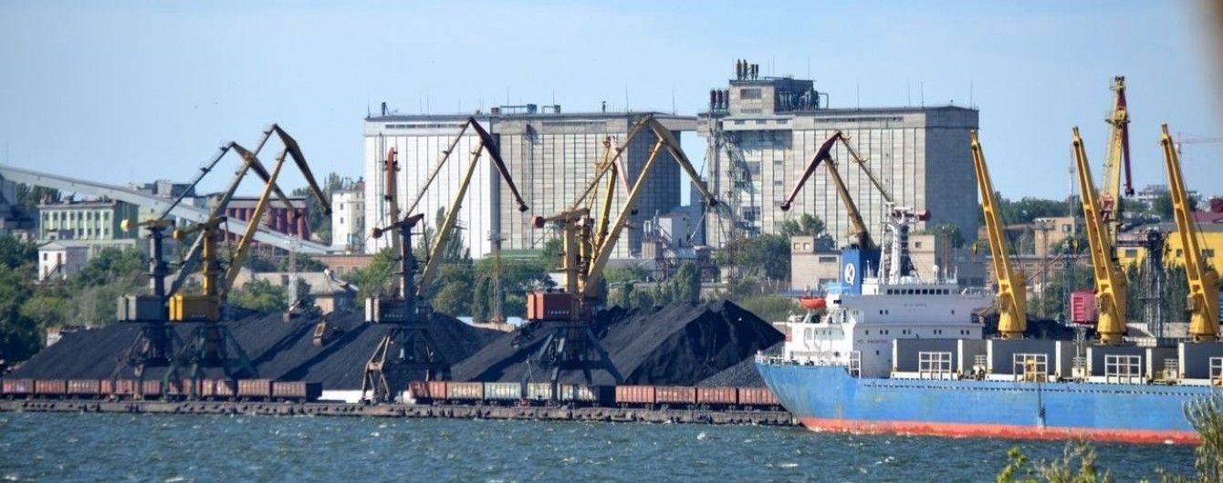 Экс-начальника Николаевского морского порта подозревают в нанесении миллионного ущерба государству