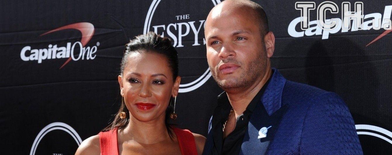 Экс-Spice Girls Мел Би разводится с мужем после 10 лет брака