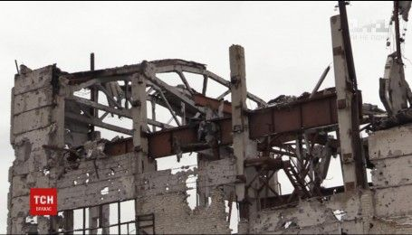 Оккупанты ударили с танков и артиллерии по украинским опорникам