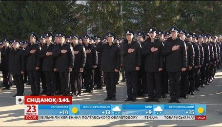 Розпочався новий набір до лав Національної поліції в Києві та Одесі