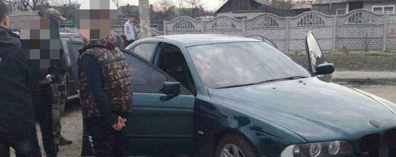 На Донеччині затриманий на вимаганні $ 1000 патрульний поліцейський відбувся штрафом у 850 грн