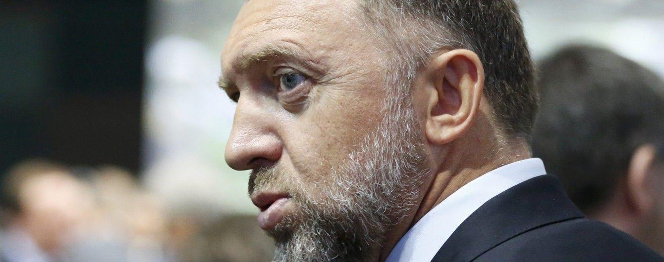Российский олигарх грубо прокомментировал американскому журналисту связи с Манафортом