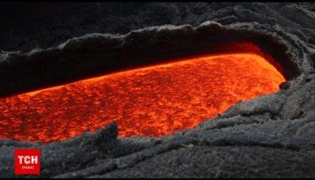 Страшно красивое извержение лавы наблюдали в Италии