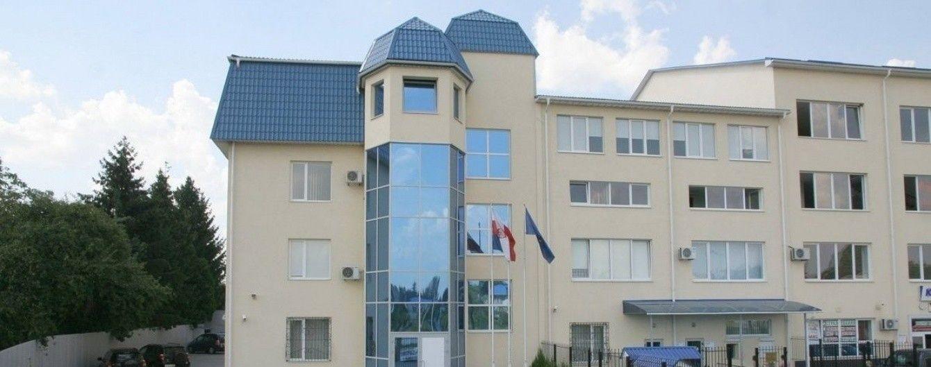 В Луцке в Генеральное консульство Польши запустили петарду