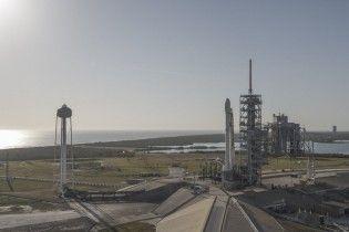 SpaceX відклала запуск вантажу на МКС через блискавки